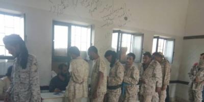 الضالع : استمرار صرف مرتبات اللواء أول مقاومة التابع لوزارة الدفاع في القرين