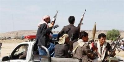 الحوثيون يحتجزون عددا من ملاك المزارع في الحديدة ويحولون مزارعهم لثكنات عسكرية ومخازن للأسلحة