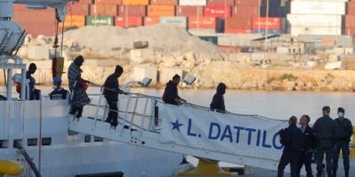 إنقاذ 418 مهاجرا قبالة إسبانيا في 3 عمليات
