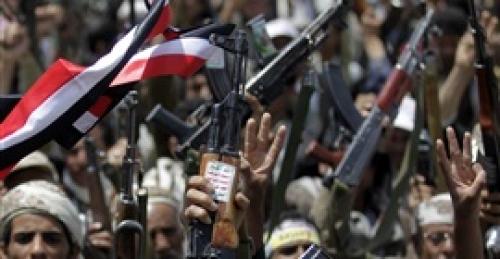 إصابة مسلح حوثي بقصف جوي استهدف عربية عسكرية جنوب الحديدة