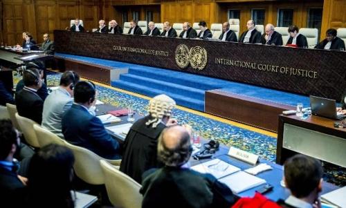"""الإمارات تطالب قطر امام القضاء الدولي بـ""""وقف دعمها للإرهاب"""""""
