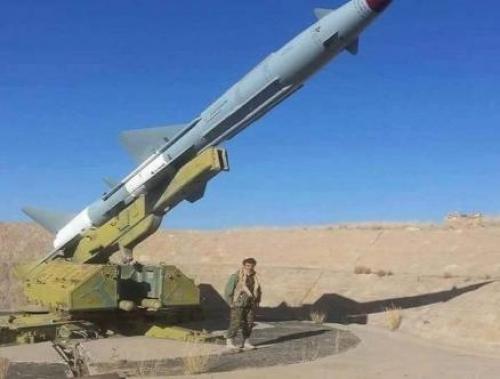 بريطانيا : تكنولوجيا الصواريخ تم نقلها لميليشيا الحوثي من ايران