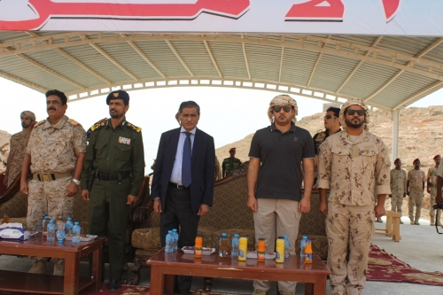 المحافظ البحسني يفتتح الدورة التدريبية الأولى لدفعة الأمن والشرطة بساحل حضرموت