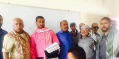 السقلدي والعيسائي يدشنان عملية امتحانات الثانوية العامة في مديرية الشعيب بالضالع