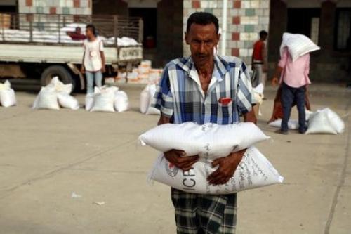 """""""الصليب الأحمر"""" يؤكد مواصلة تقديم المساعدات المنقذة للحياة لسكان ونازحي الحديدة"""