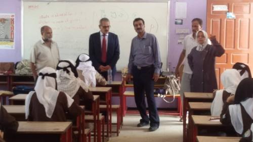 وزير التربية والتعليم د. لملس يتفقد المراكز الاختبارية بمديرية خور مكسر