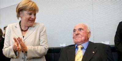 ميركل تتوصل إلى اتفاق نهائي مع وزير داخليتها بشأن اللاجئين