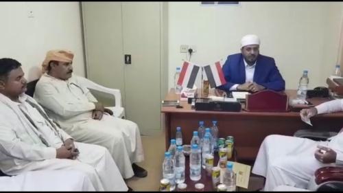 وزير الأوقاف يناقش مع إدارة منفذ الوديعة تسهيل إجراءات الحجاج اليمنيين