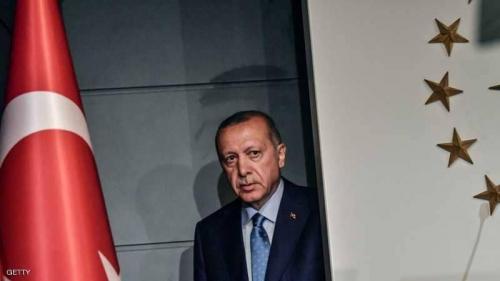 أردوغان يوسع صلاحياته.. مرسوم يلغي الإشارة لرئيس الوزراء