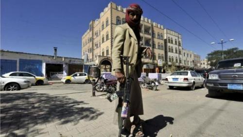 مليشيا الحوثي تختطف أحد أبرز مشايخ المحويت