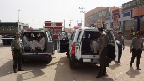 الداخلية السعودية: أكثر من نصف من تم ضبطهم في عمليات التسلل إلى أراضي المملكة يمنيون