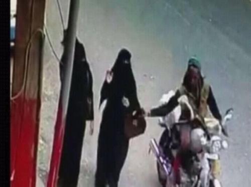 محكمة حوثية تتهاون مع سارق حقائب النساء في صنعاء بحكم مخفف مثير للجدل