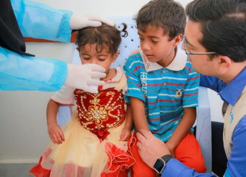 «يونيسيف» تقول  إنها أنقذت حياة نحو 16 ألف طفل مصابين بسوء التغذية الحاد في الحديدة