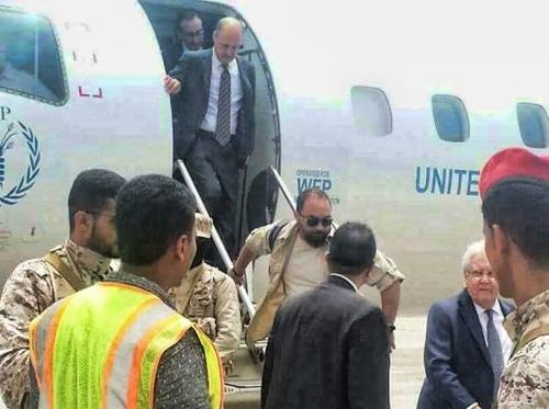 المبعوث الأممي مارتن غريفيث يصل إلى العاصمة عدن للقاء الرئيس هادي