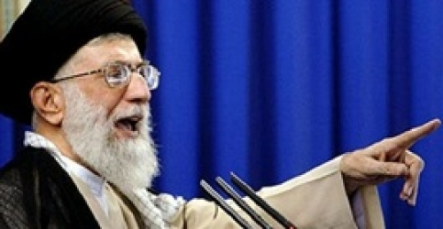 محلل إيراني: نظام طهران قمع المتظاهرين بدلا من الإستجابة لمطالبهم