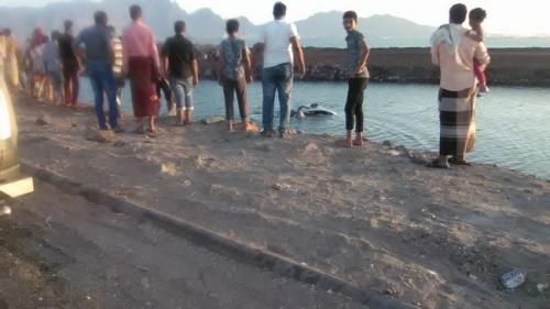 غرق عائلة بكامل افرادها في ساحل ابين بعدن والسلطات تصدر تحذير هام