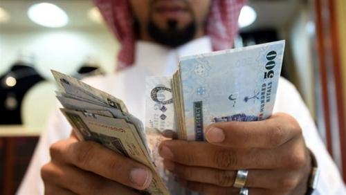 ارتفاع نسبي لمعدل الأجر الشهري للمواطنين والأجانب في السعودية خلال الربع الأول من 2018
