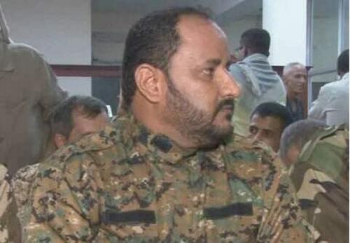 مدير أمن عدن يعزي أسرتي الشهيدين النقيب فهمي  الصبيحي والجندي ماجد سعيد