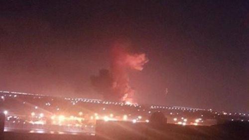 وسائل إعلام: انفجار وقع في خزان وقود قرب مطار القاهرة