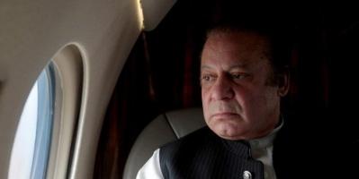 القبض على رئيس الوزراء الباكستاني السابق نواز شريف وابنته وإيداعهما السجن