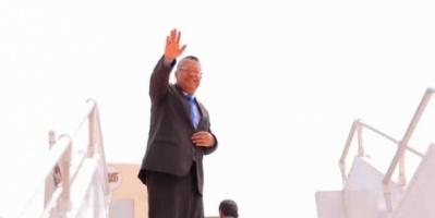 صحيفة: زيارة بن دغر إلى الرياض الأخيرة له كرئيس للوزراء و 3 شخصيات حضرمية مرشحة لخلافته