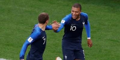 فرنسا تطيح بآمال الكروات بالأربعة وتتوج باللقب