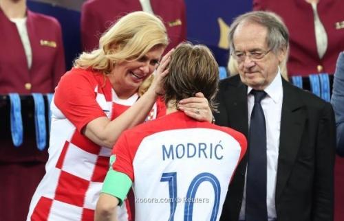 صور لحظات التكريم ..  مودرييتش أفضل لاعب في مونديال روسيا 2018