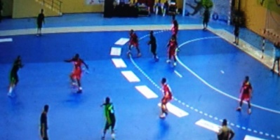منتخب اليمن الوطني يخسر من عمان في مشاركته الأسيوية الأولى