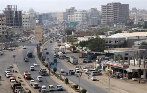 مقتل شاب وجرح اخر في هجوم مسلح استهدف مجموعة شباب بعدن