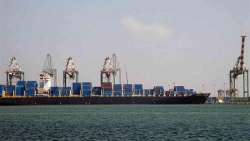 وصول 8 آلاف طن من المازوت لكهرباء الساحل الى ميناء المكلا بحضرموت