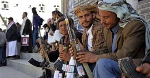 الحوثيون يختطفون 70 من أبناء الحديدة لإجبارهم على القتال