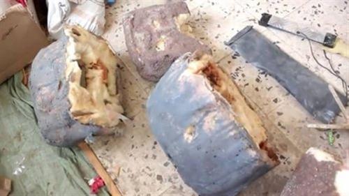 الفرق الهندسية تنزع كميات من الألغام التي زرعتها مليشيا الحوثي بالقبيطة