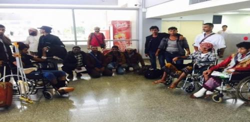 بدعم من  دولة الامارات .. 36جريح من جبهة الساحل الغربي يغادرون عدن إلى  مصر والهند لتلقي العلاج