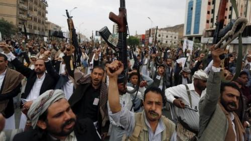 أهالي ذمار يحتجون على جرائم ميليشيا الحوثي بحق أبنائهم
