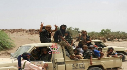 """ألوية العمالقة بإسناد التحالف العربي تدفع بتعزيزات عسكرية كبيرة لتحرير """" زبيد """""""