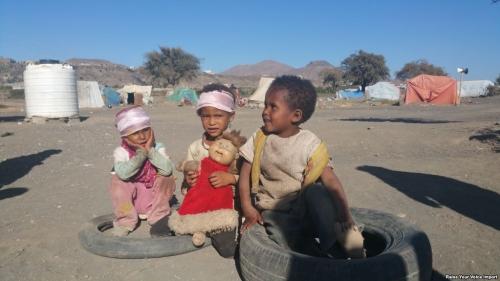 حتى ألعاب الأطفال.. الحوثيون يغتالون البراءة بالعبوات الناسفة قبيل عيد الأضحى