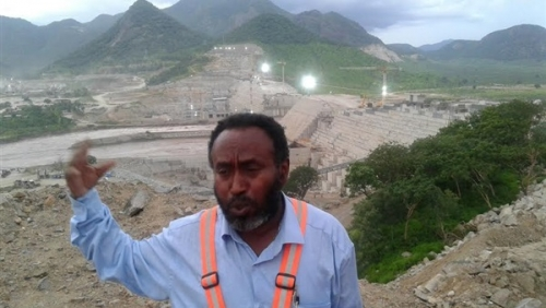 العثور على جثة مدير مشروع سد النهضة الأثيوبي مقتولاً داخل سيارته