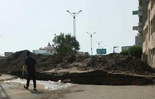 بسبب خنادق الحوثي.. سكان الحديدة يتطلعون لتحريرها
