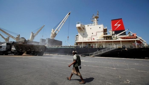 التحالف يصدر 9 تصاريح لسفن متوجهة للموانئ اليمنية