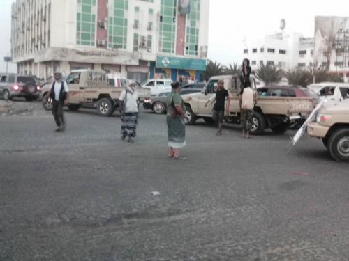 مسلحون يقطعون طريق كالتكس احتجاجا على إطلاق الداخلية سراح سجين متهم بجريمة قتل