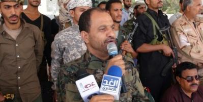 مدير أمن عدن يوجه الأجهزة الأمنية بمنع حمل السلاح وضبط المركبات والدراجات غير المرقمة بعد مهلة اقصاها شهر من اليوم