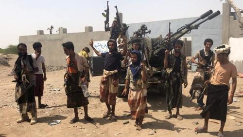 القوات المشتركة تباغت الحوثيين في الدريهمي وتقترب من السيطرة الكاملة على مركز المدينة