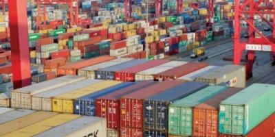 الصين تؤكد جاهزيتها لـ«الانتقام التجاري»... وأميركا تهوّن من أثر زيادة الرسوم