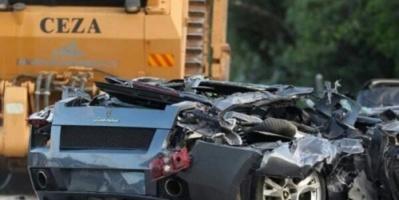رئيس دولة يحطم «70سيارة فارهة» - لهذا السبب