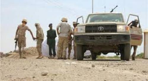 استهداف دورية أمنية في أبين يشعل المعارك بين قوات الحزام الأمني والقاعدة