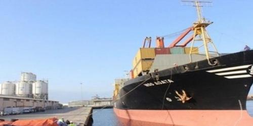وثيقة.. وزارة النقل تدعم الحوثيين وتُثير الفتن في ميناء المكلا
