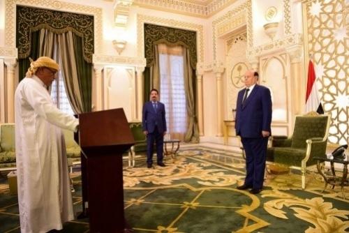عضو بالمجلس الاستشاري يبيع نفسه لقطر والإخوان