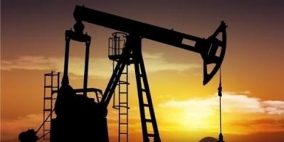 أسعار النفط تتراجع تحت وطأة التوترات التجارية