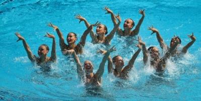 روسيا تهيمن على السباحة التوقيعية في بطولة أوروبا