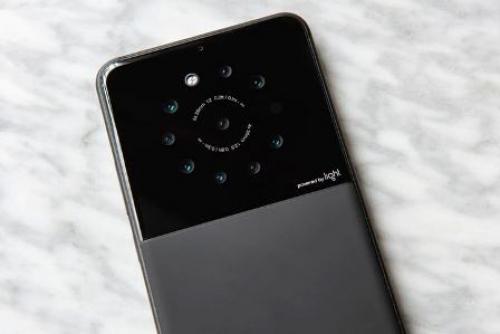 هذه تفاصيل الهاتف الذكي ذو التسع كاميرات القادم